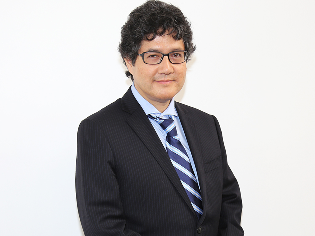Dr. Julio Kuroiwa