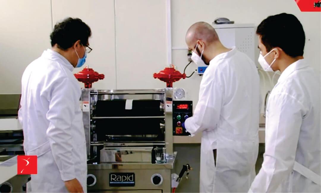 Laboratorio EEUU valida propiedad antiviral de telas anticovid desarrollado por investigadores UNI